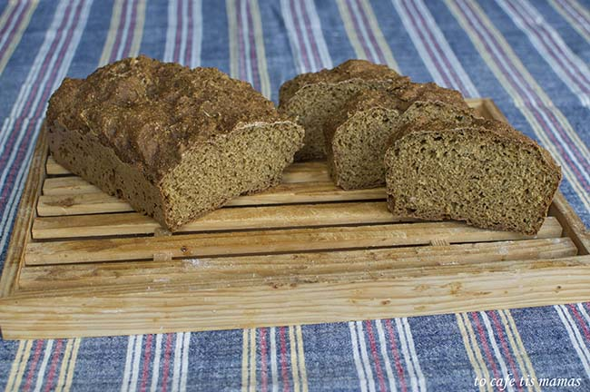 ψωμί με γιαούρτι.