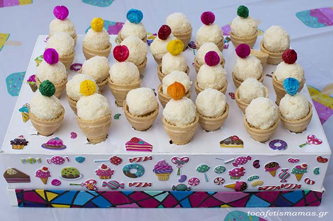 Πάρτι γενεθλίων με θέμα παγωτό.